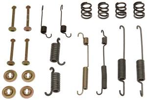 Reservdel:Ford Escort Tillbehörssats, bromsbackar, Bak, Bakaxel