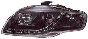 Reservdel:Audi Tt Strålkastare