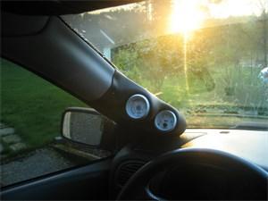 varaosat:Volvo V40 A-Stolpehållare